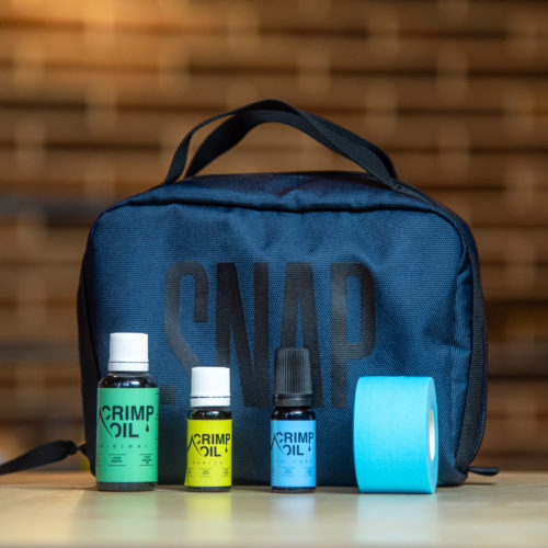 toiletry case for climber